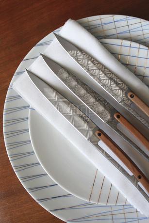 Deejo 2FB012 6 steak knives Art Déco , titan finish, olive wood handle 4