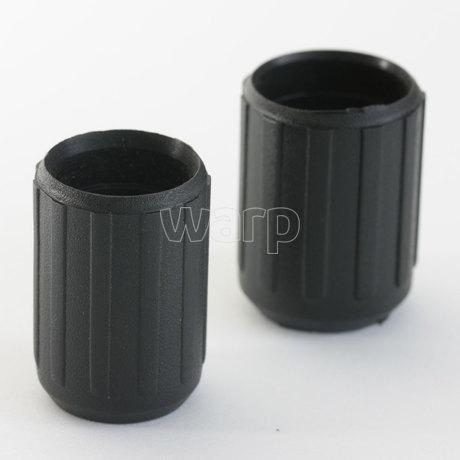 WARP plastová objímka 16 mm vysoká 30 mm - vlevo verze 16mm, vpravo verze 18mm